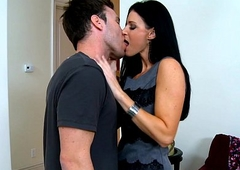 Stockinged india summer acquires facialized